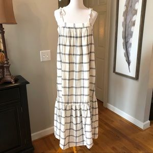 Abercrombie & Fitch maxi dress Ivory & Black med.